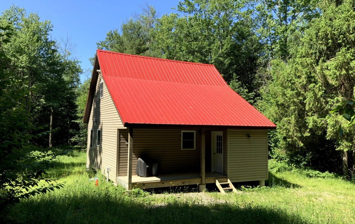 27 acre Year-Round Cabin Redfield NY
