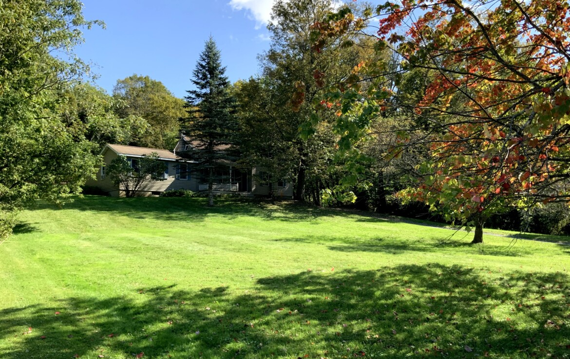 2,104 SqFt Home on 1 acre with Sunroom, Office & 1st Floor Master!